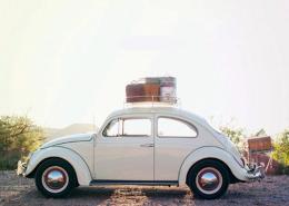 keliones automobiliu